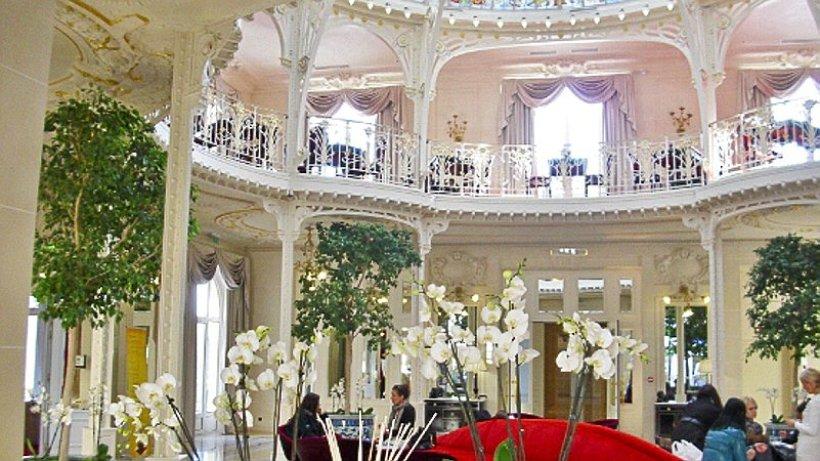 f rstlich wohnen in monaco im palast hotel hermitage braunschweiger zeitung. Black Bedroom Furniture Sets. Home Design Ideas